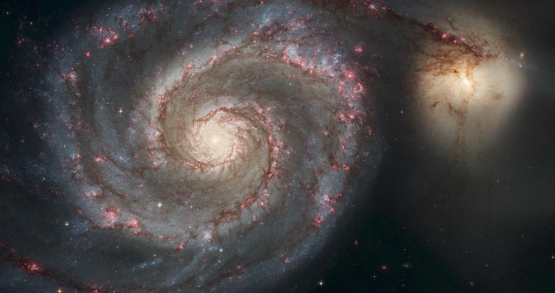 螺旋、宇宙