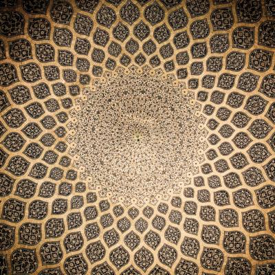 幾何学模様、黒、ゴールド