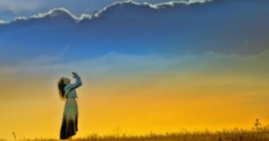 祈り、願い、空、女性、草原