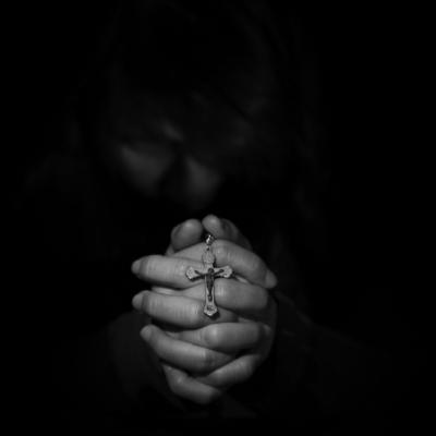 黒い、手を組む、クロス