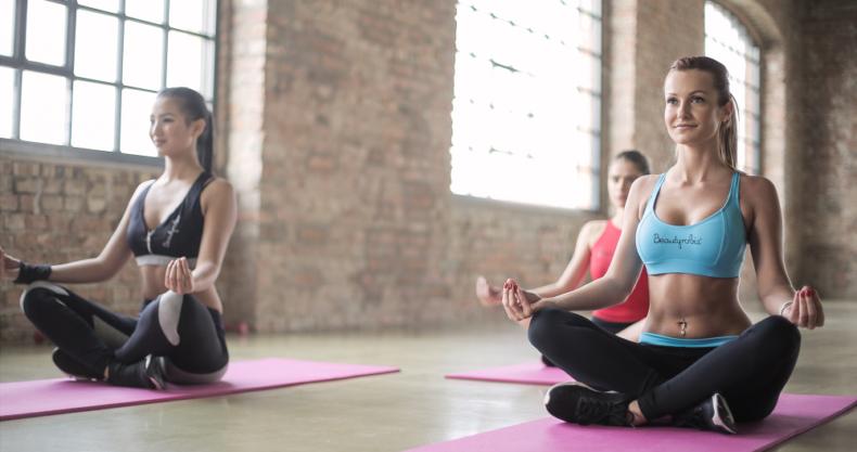 ヨガ、瞑想、マインドフルネス