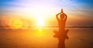 海、光、太陽、人、ヨガ、瞑想